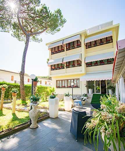 Hotel near the sea in Versilia